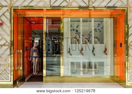 Tory-burch Retail Exteior