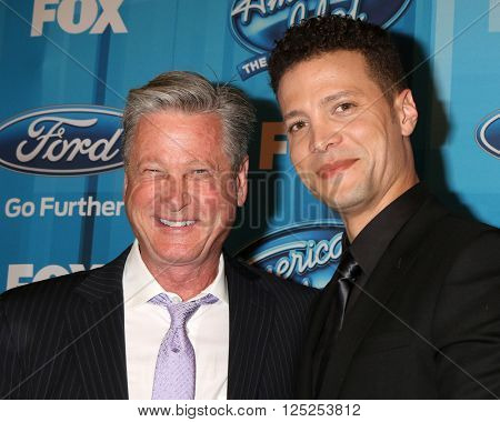 LOS ANGELES - APR 7:  Jeff Ballard, Justin Guarini at the American Idol FINALE Arrivals at the Dolby Theater on April 7, 2016 in Los Angeles, CA