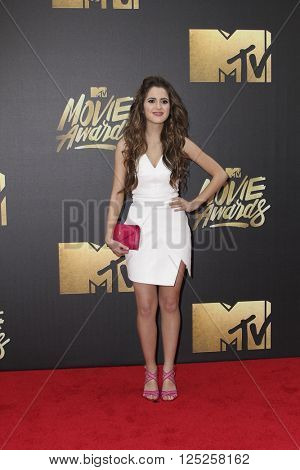 LOS ANGELES - APR 9:  Laura Marano at the 2016 MTV Movie Awards Arrivals at the Warner Brothers Studio on April 9, 2016 in Burbank, CA