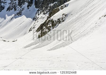 Small Avalanches.