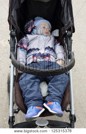 Toddler Sleeping In Stroller
