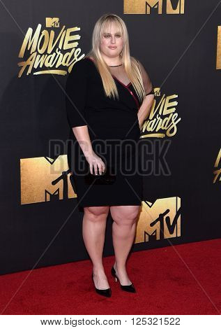 LOS ANGELES - APR 09:  Rebel Wilson arrives to the Mtv Movie Awards 2016  on April 09, 2016 in Hollywood, CA.