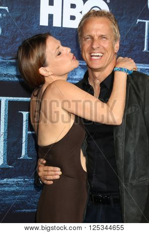 LOS ANGELES - APR 10:  Suzanne Cryer, Patrick Fabian at the Game of Thrones Season 6 Premiere Screening at the TCL Chinese Theater IMAX on April 10, 2016 in Los Angeles, CA