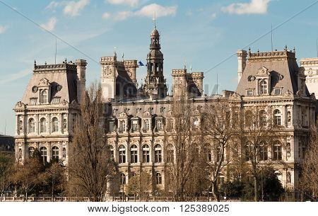 The town hall (Hotel de ville) of Paris is the building housing the city's local administration. Standing on the place de l'Hotel de ville in the 4th arrondissement it has been the headquarters of the municipality of Paris since 1357.