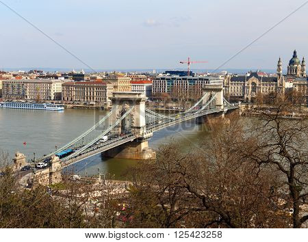 Beautiful picture of the Chain Bridge in Budapest Hungary
