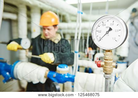 manometer in boiler room