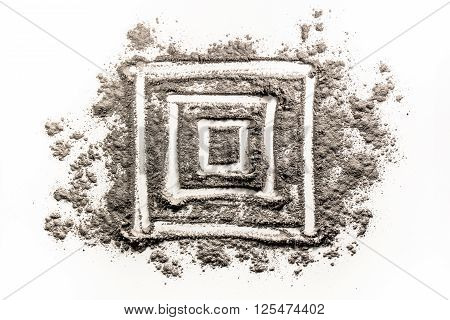 Square geometry shape drawing in chaos dirt