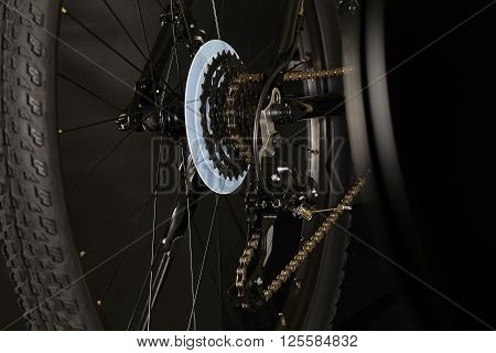 Bicycle gear derailleur shift and gear assembly and chain wheel Closeup