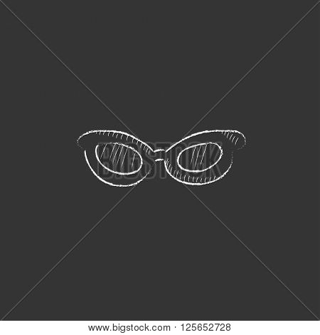 Eyeglasses. Drawn in chalk icon.