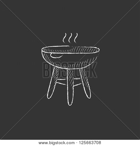 Kettle barbecue grill. Drawn in chalk icon.