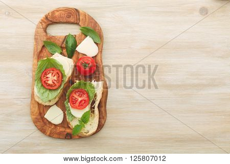 Sandwiches With Mascarpone, Dried Tomatoes, Basil