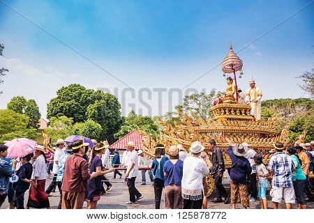 CHIANG MAI THAILAND-APRIL 13:Chiang mai Songkran festival.The tradition of bathing the Buddha Phra Singh marched on an annual basis. With respect to faith.on April 132016 in Chiang mai Thailand.