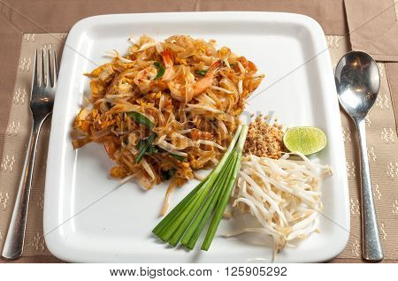 Food series : Thai stir-fried noodle, Pad Thai, Thai food