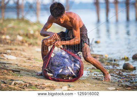 Fisherman Near U Bein