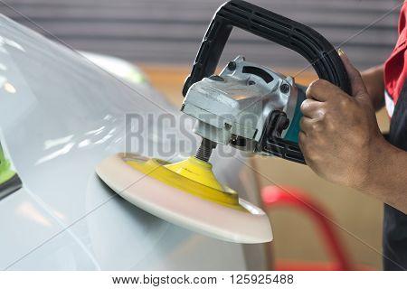 Car detailing series : Polishing white car