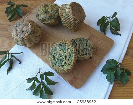 Squash goutweed muffins, cooking with wild plants, with greenary