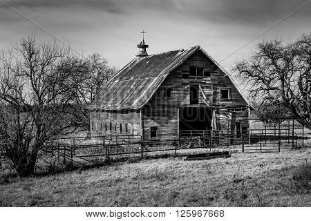 Old Abandonded Oklahoma Barn