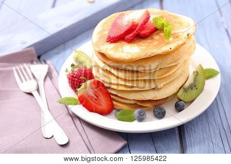 pancake with berry fruit