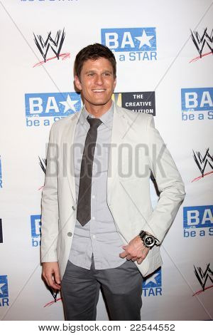 LOS ANGELES - AUG 11:  Kevin Pereira arriving at the