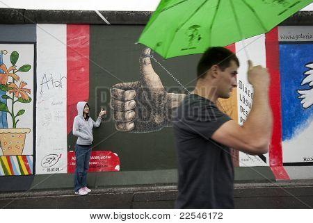 Thumb And Berlin Wall