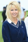 PALOS VERDES - APR 29: Heather Locklear at the 9th annual Michael Douglas and friends Celebrity Golf