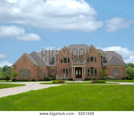 Brick Mansion In Kentucky Usa