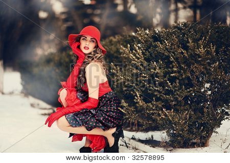 Portrait Of Beautiful Girl  Outdoor In Fashion Style