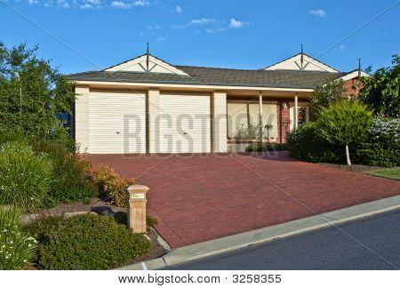 Nice Single Storey House
