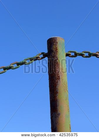 Pipe Stanchion and Chains