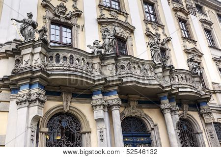 Balcony With Four Famous Sculptures, Wroclaw