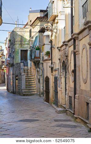 Alleyway. Venosa. Basilicata. Italy.