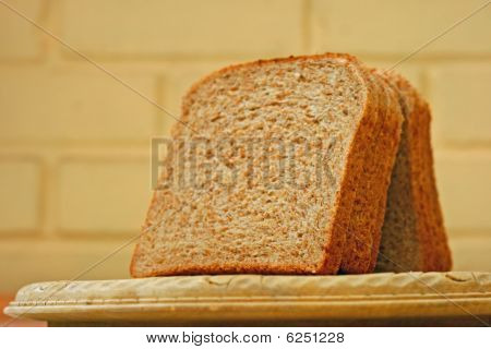 bread slices.