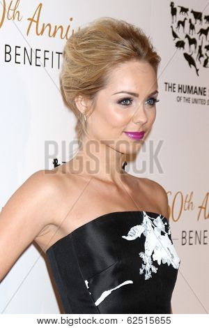 LOS ANGELES - MAR 29:  Laura Vandervoort at the Humane Society Of The United States 60th Anniversary Gala at Beverly Hilton Hotel on March 29, 2014 in Beverly Hills, CA
