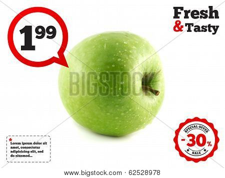 Isolated fresh green apple with waterdrops (lies).