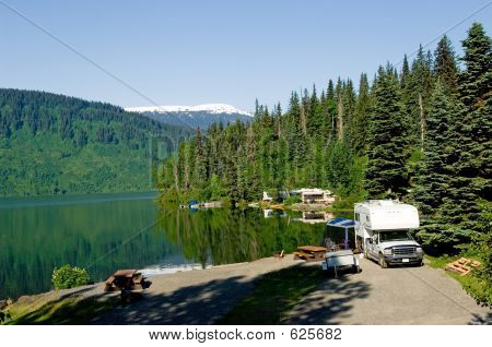 RV Park At The Lake