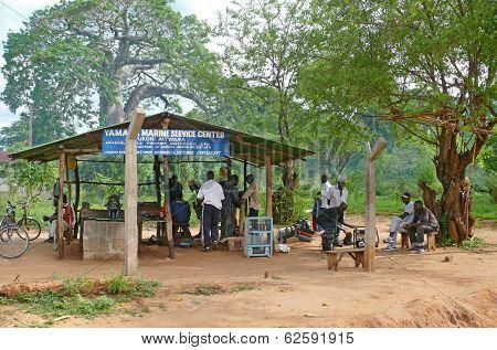 Mtwara, Tanzania - December 3, 2008: Workshop Repair And Maintenance Of Outboard Motors.
