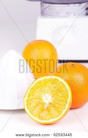 Squeezer And Three Oranges