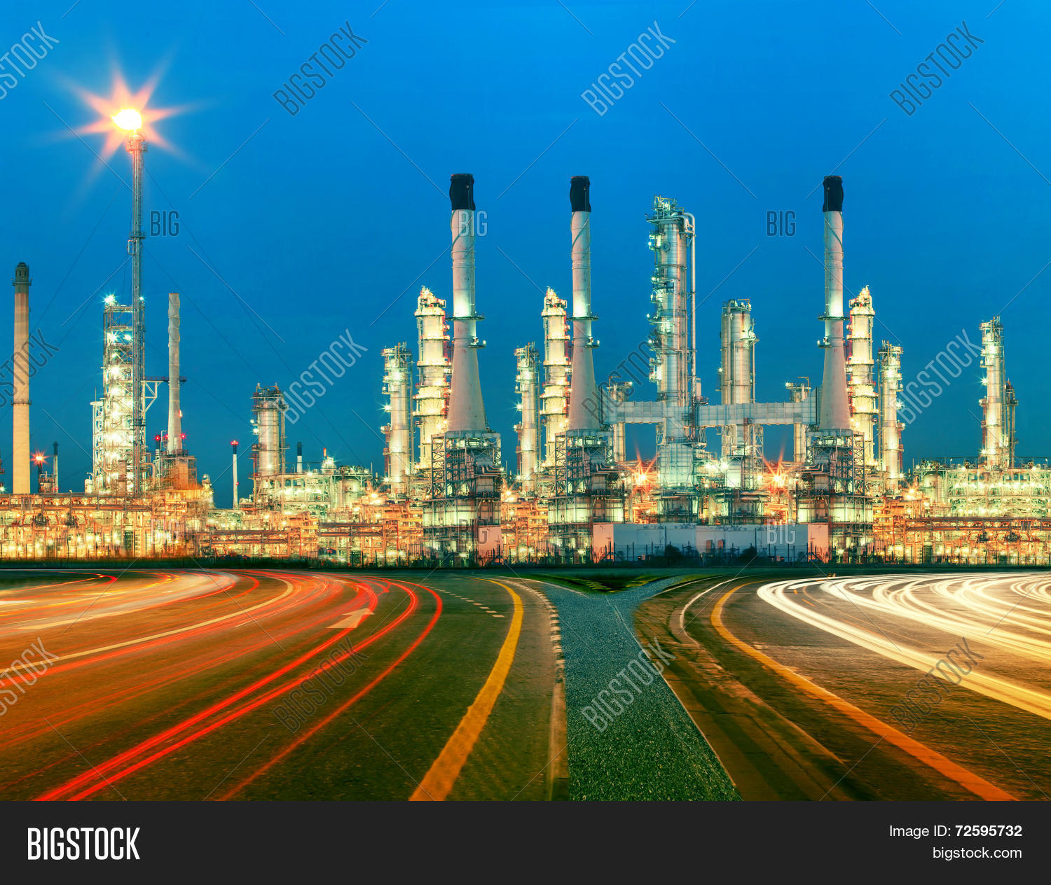 Of Oil Refinery Plant In Heav Petrochemicaly Industry Estate Use ...