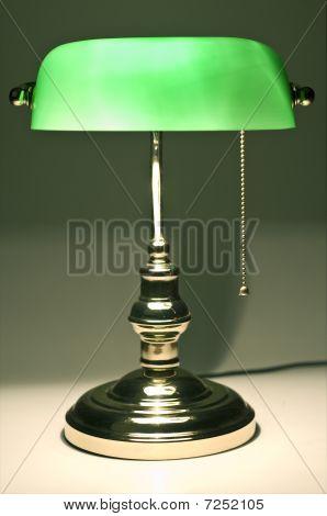 Classic Banker Desk Lamp