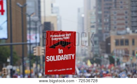 Solidarity sign on Sixth Avenue