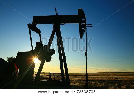 Sunset pumper jack