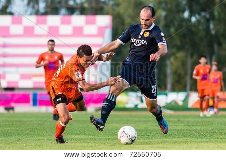 Sisaket Thailand-september 21: Vadin Lyubinskiy Of Roi Et Utd. In Action During Friendly Match Betwe
