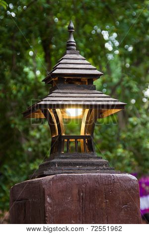 Wooden Roof Lamp