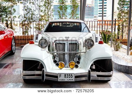 Dubai, Uae - June 9: The Luxury Exotic Car Is Near Hotel On June 8, 2012 Dubai, Uae. Up To 10 Millio