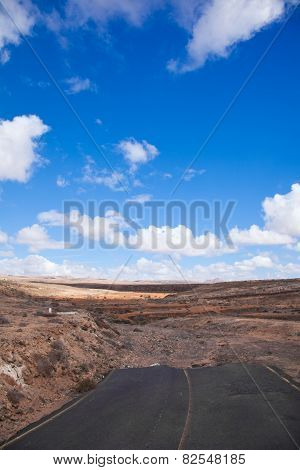 Fuerteventura, Unfinished Road