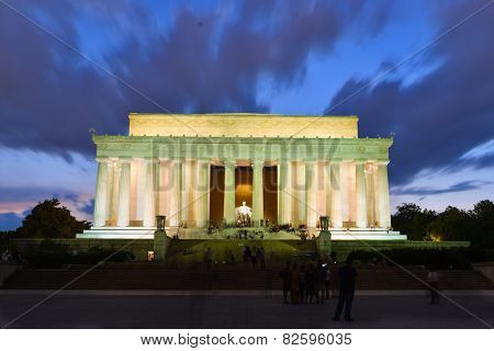 Abraham Lincoln Memorial at night - Washington DC, United States