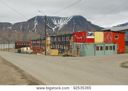 View to the street of the arctic town of Longyearbyen, Norway.
