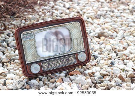 Frame Photo - Old Radio