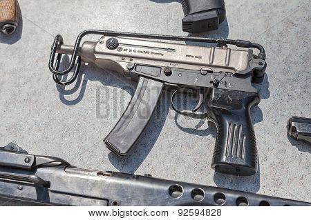 Czech Firearms. Submachine Gun Skorpion