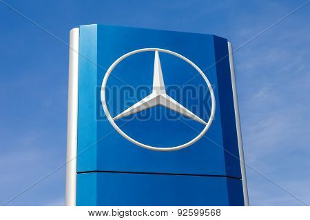 Official dealership sign of Mercedes-Benz